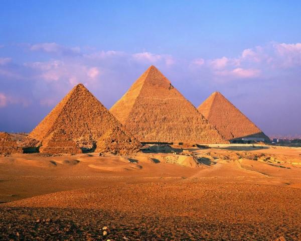 Семь чудес света. Пирамиды в Гизе