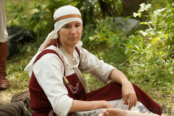 Средневековая девушка