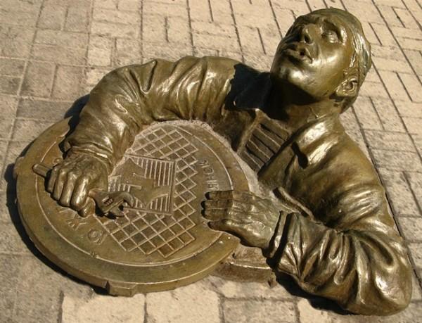 Необычная скульптура в Праге