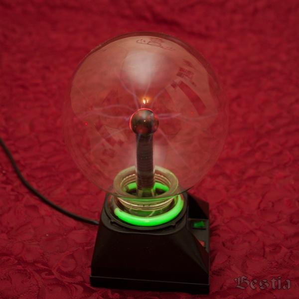 Светильник плазма при нормальном освещении
