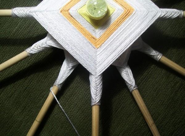 Плетение лепестков