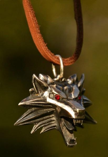 Медальон школы Волка