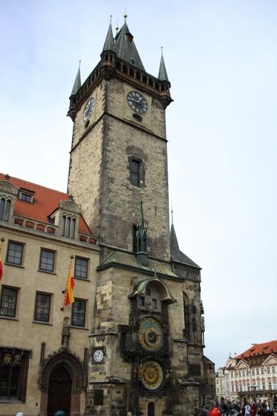 Ратуша с астрономическими часами