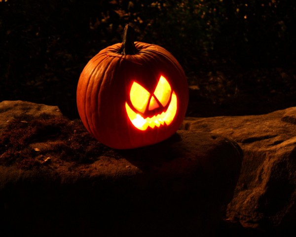 Хэллоуинский фонарь