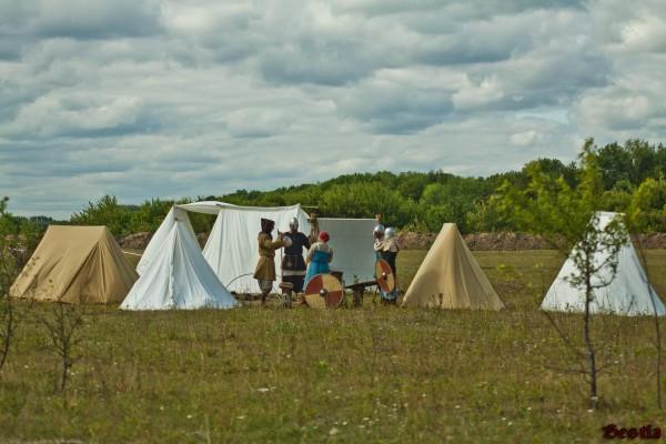 Средневековый лагерь