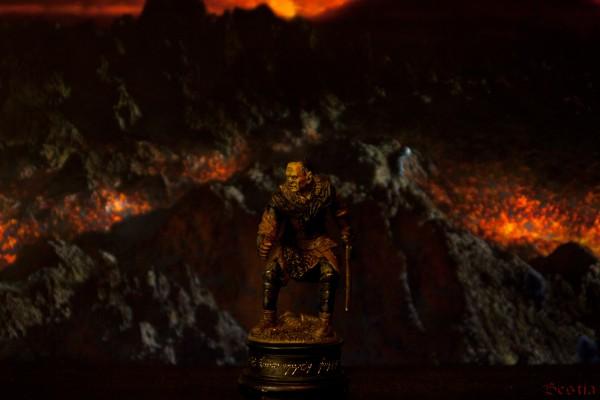 Орк-мечник, Черная пешка